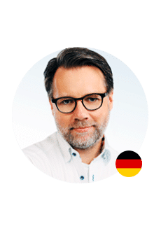 Je voicemail laten inspreken door onze Duitse stem Stephan? Stephan kan zowel naturel als promotioneel klinken.